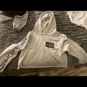 Abercrombie & Fitch cropped hoodie